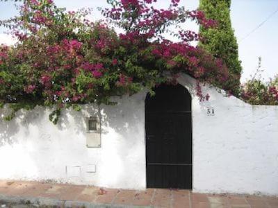 Entrée côté rue