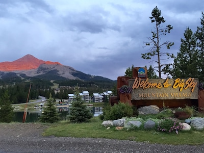 A summers view of Lone Peak.