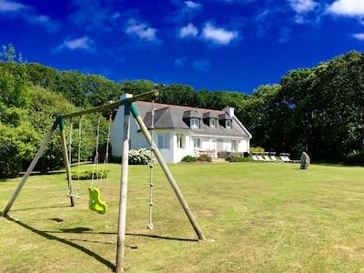 La Villa et un de ses espaces de jeux et de détente