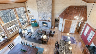 Aerial view of the open concept living room/dining room/kitchen. Wonderful view!