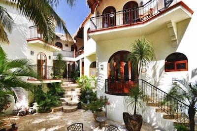 villa back patio