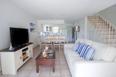 Relax and Enjoy -Beautiful Key Largo Townhome