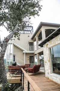Main house adjacent to the Casita being rented , has separate entrances,driveway