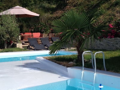 terrasse vers piscine