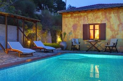 Kentavros: The private pool