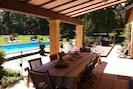 terrasse couverte et salle à manger en teck 8 couvert