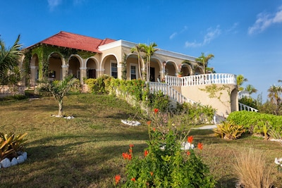 Unicorn Cay, Governor's Harbour, Eleuthera Bahamas