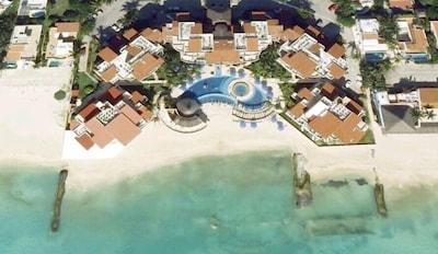Aerial view of Sunset Fishermen Resort