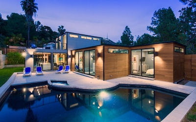 Luxury Modern Hollywood Hills Estate Private Heated Pool Spa Great Location Lake Hollywood Estates