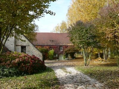 Entrée du gîte du Moulin de Cussigny