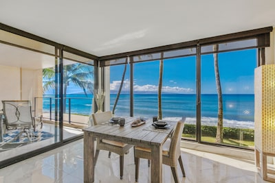Stunning floor to ceiling unobstructed views, 2nd floor with total privacy