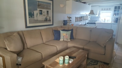 New paint and furniture 2018