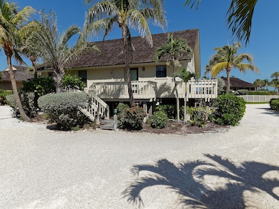 Front of Beach Home 29