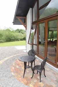 Breakfast or coffee outside!