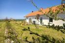 Seepark-Ferienhaus-Rügen, großer Garten mit Wasserblick