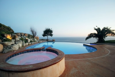 Hot tub, yes please.