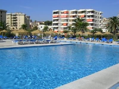 Piscine 1 - swimming pool 1