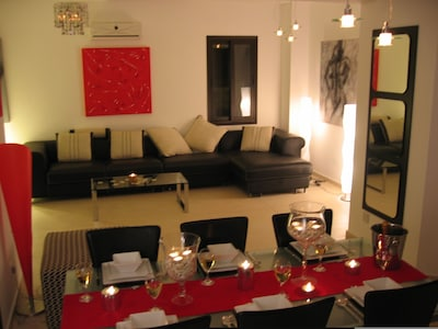 The open lounge/ dining area