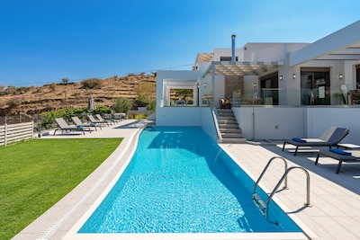 Amazing private pool.
