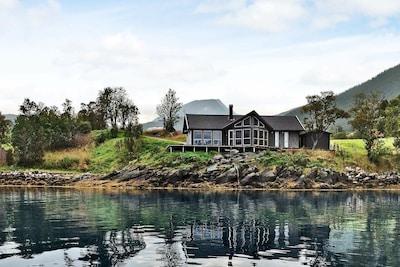 Flesnes, Kvæfjord, Troms og Finnmark, Norwegen