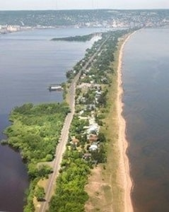Beach House is on Duluth's Park Point only one mile from the lift bridge