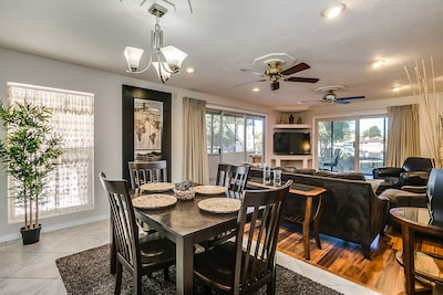 views of lake from living / dining areas