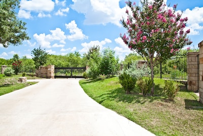 Welcome to Copperfield Suites and Rentals 4 townhome avaliable