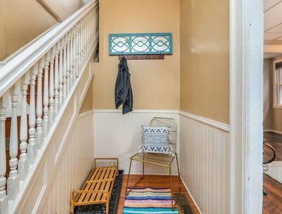 Buffalo's Classic Victorian House Close to Downtown