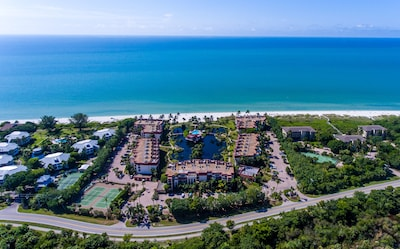 Pointe Santo D33 has a great  view of the lagoon and Gulf of Mexico