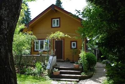 Haus mit Steinveranda