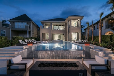 8 Bedroom Ultimate Luxury Mansion At Reunion Resort Reunion