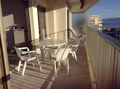 Terrase de 20m2 desservant toues les pièces