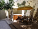 Outside dining area, 2.2m x 2.2m jacuzzi spa with zip up gazebo for winter us