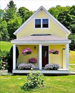CrossHaven Cottage