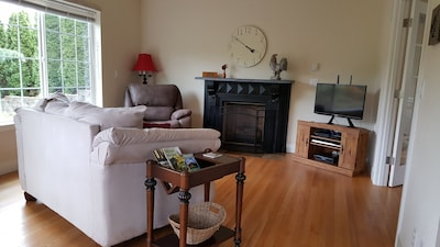 Your private cottage awaits you! Relax in a peaceful setting next to Golf Course