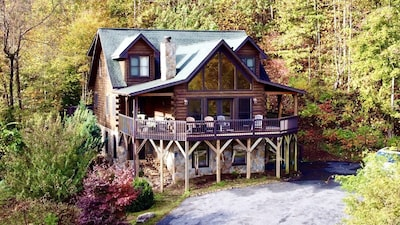 The Catawba Falls Lodge nestled on a private lot with amazing views.