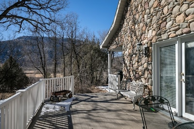 South deck with incredible views,  cliffs to the east and the river valley west