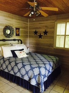Bedroom 1 with lake view (queen bed)