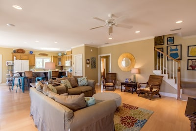 Spacious main floor living space means the whole family can be together!