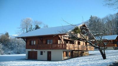 PEACEFUL - Quiet woodland location on the perimeter of Morillon Village.