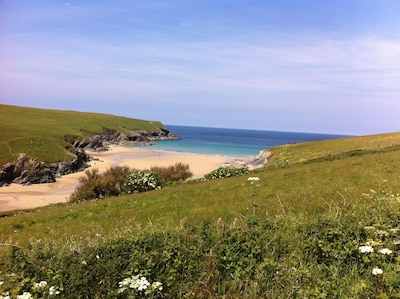 Newly renovated 16th Century cottage Nr Crantock Holywell and Polly Joke beaches