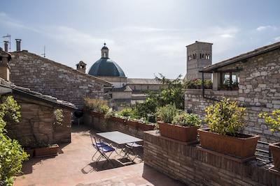 Basilique Sainte-Claire, Assise, Ombrie, Italie