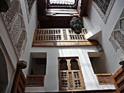Intérieur de la maison (patio) - Interior of the house (patio)