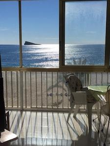 Appartement luxueux avec vue sur la mer et WiFi