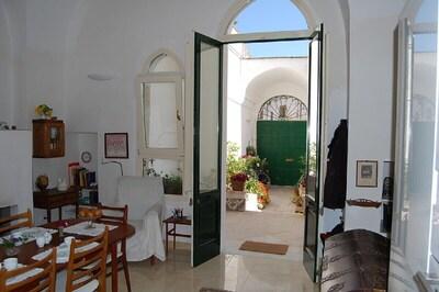 Una Vecchia Casa Di Citta Nel Centro Storico Situata Tra Due Mari San Cesario Di Lecce