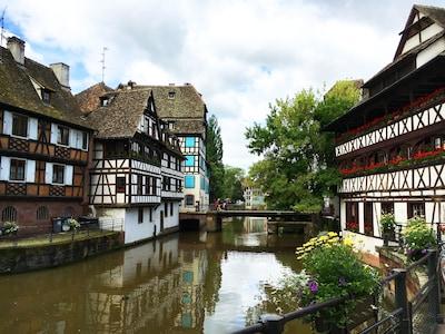 Olympe de Gouges Media Library, Strasbourg, Bas-Rhin (department), France