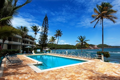 PRIME OCEANFRONT, BEACHFRONT!!!! Actual closeness to tranquil beach and pool.