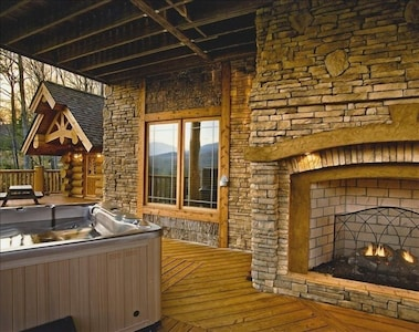 Lower Deck with Outdoor Fireplace, Large Hot Tub and Kids Cabin
