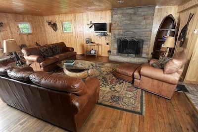 Living Room With Flat Screen Tv and Direct TV. including the NFL package.