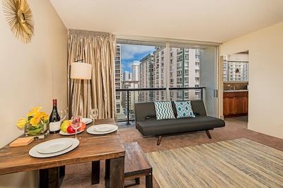 444 Nahua, Honolulu, Hawaii, United States of America